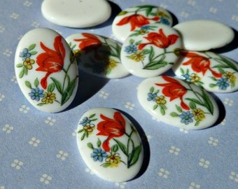 Six Vintage Japanese 14x10mm Glass Cabochons with Red Tulip Flower Detail (30-5F-6)