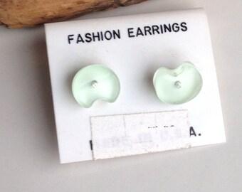 Stud Earrings, Post Earrings, Plastic Earrings, Light Green, Lily Pad Earrings, 1980s Earrings, New Old Stock