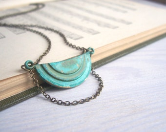 Elegant Verdi Gris Moon Deco necklace - brass pendant with green blue effect - vintage style jewellery