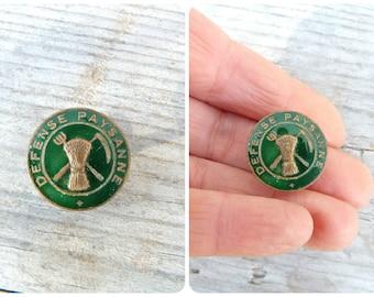 Vintage Antique 1930 Frenchenamel medal  button Defense Paysanne