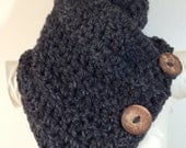 Button Scarf, Crochet Scarf, Crochet Cowl, Chunky Cowl, Riverwalk Cowl, Warm, Soft, Functional Coconut Buttons