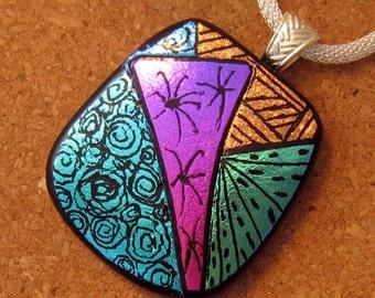 Dichroic Pendant - Zen Tangle Pendant - Hand Etched Pendant - Dichroic Jewelry - Fused Glass Pendant
