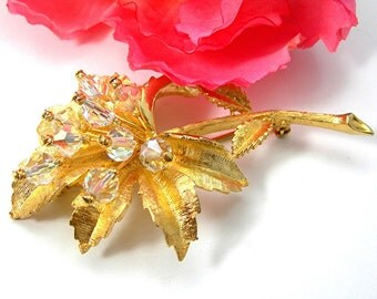 """Crystal Flower Brooch, Vintage c1970s, Large 3"""" Goldtone Pin, Costume Jewelry"""