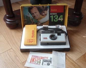 Vintage Kodak Instamatic 134  w/box - Classic 1960s Camera