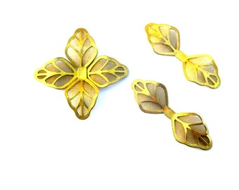 8 vintage metal leaves 40mm jewelry findings crafts supplies in gold color