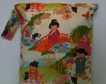 Large wet Bag, Wet bag for cloth diapers, waterproof wet bag, beach bag, sport bag, Japanese Garden