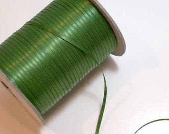 Green Ribbon, Offray Leaf Green Satin Ribbon 1/8 inch wide x 10 yards, Double-Face
