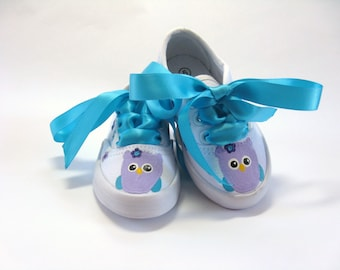 Owl and Cupcake Shoes, Hand Painted Custom Birthday Sneakers, Owl Theme Party, Shower Gift, Owl Outfit, Baby and Toddler
