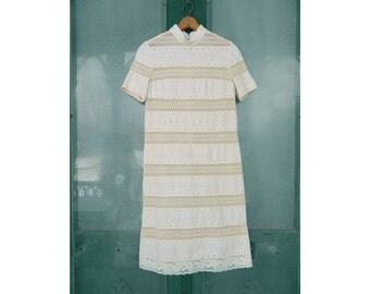 Carlye Short-Sleeve Dress Moygashel Linen Eyelet