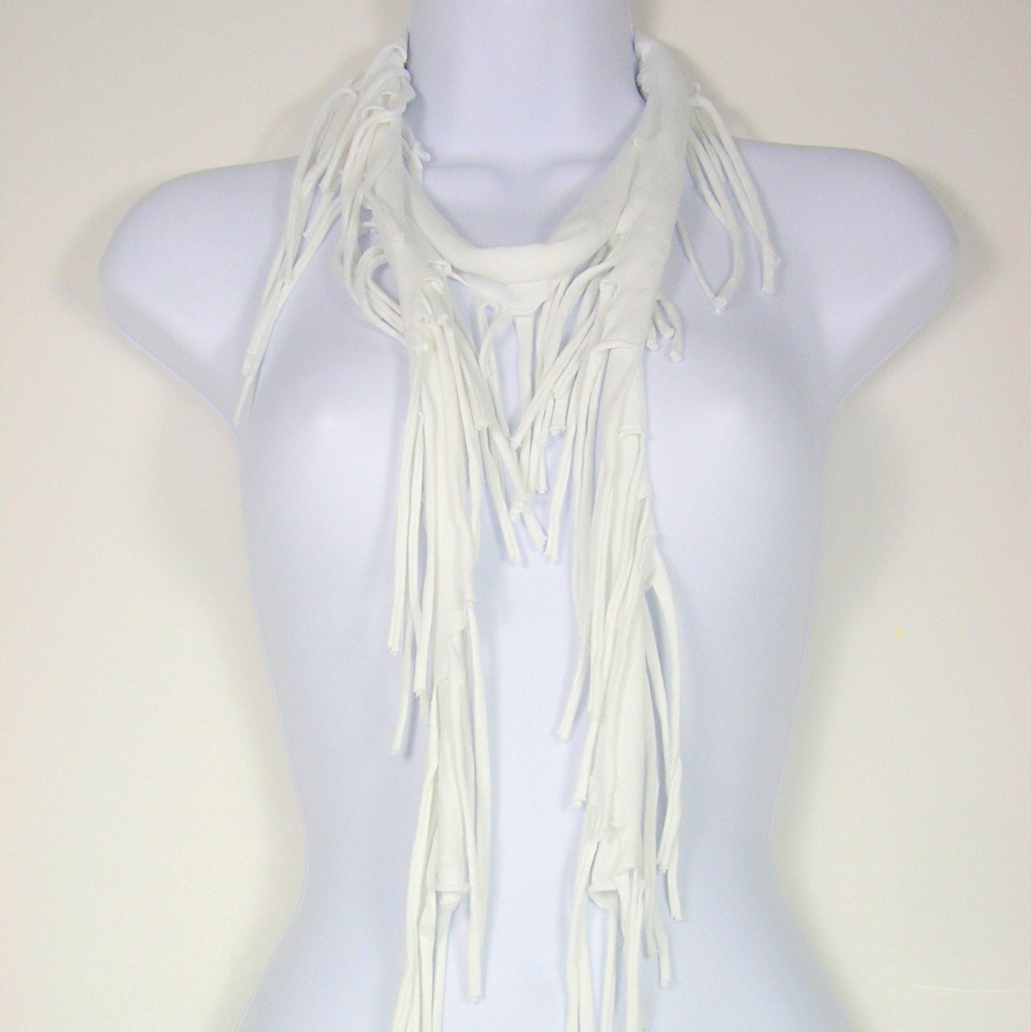 how to wear thin fringe scarves