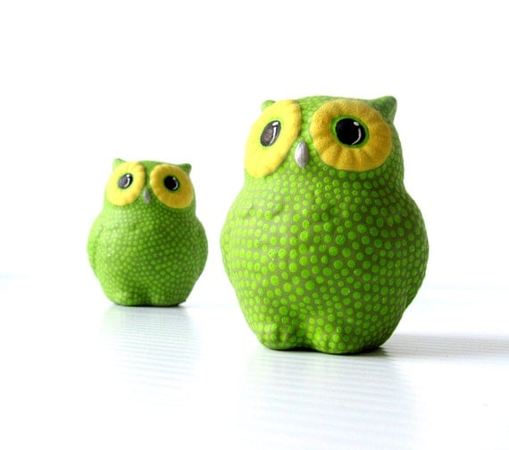 Owls Salt And Pepper Shakers Green And Yellow Owls
