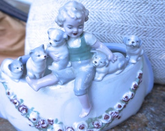 Charming Vintage planter with puppies and kittens.