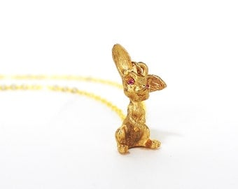 Vintage bunny rabbit golden pendant necklace