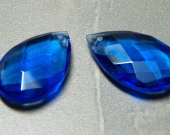 Vintage Sapphire Pear Glass Teardrop Pendant 30x20mm (1)