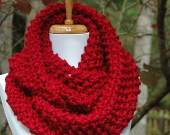 Cranberry Red Knit Infinity Scarf, Chunky Scarf, Circle Scarf, Hand Knit Infinity Scarf, Women's Scarf, Winter Scarf, Knitted Scarf, Wool