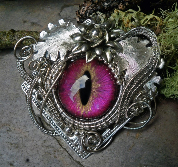 Gothic Steampunk Pink Eye Super Strong Pin Brooch