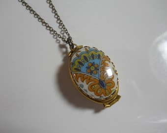 Double Locket with Vintage Glass Cabochon Keepsake Jewelry Solid Brass Locket Necklace on Brass Chain Holds Four Photos