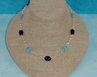Turquoise Magnesite and Black Onyx Link Chain Necklace