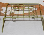 Vintage Green Plate Cup Rack  Storage RV Travel Trailer Plastic Glamping Camping