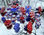 DESTASH Red, White, and Blue Assortment of 30 Handmade Glass Beads