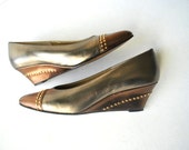 Glamour vintage 80s metallic , wedge shoes with gold studs.Made by Magdesians in California.Size 8 1/2N