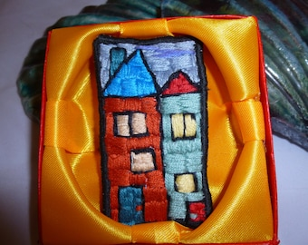"""Brooch Embroidered """"Houses"""" (52)"""