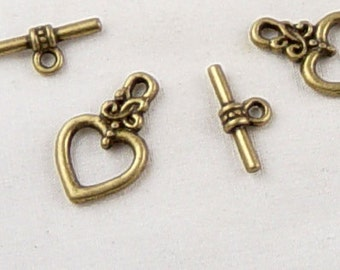 CLEARANCE Toggle Clasp 8 Antique Bronze Heart 21mm (1029cla21z1)os