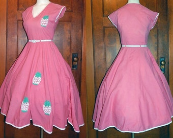 Vintage 80s does 50s pink pineapple novelty full circle skirt dress M