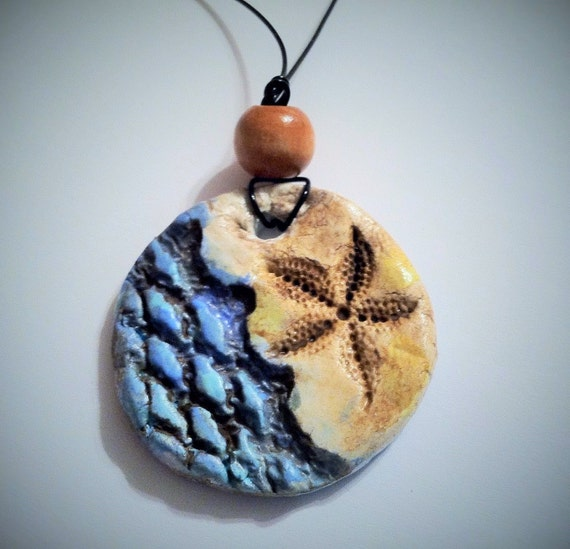 Aromatherapy Essential Oil Diffuser Jewelry Pendant Necklace