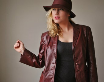 1970s Burgundy Leather Jacket~Size Medium to Large