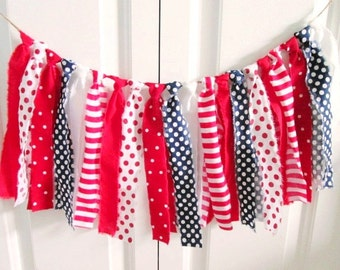 Red White Blue Rag Tie Banner ~rag tie garland ~Patriotic banner ~July 4th bunting ~Photography Prop  ~Birthday Banner ~Party Decoration