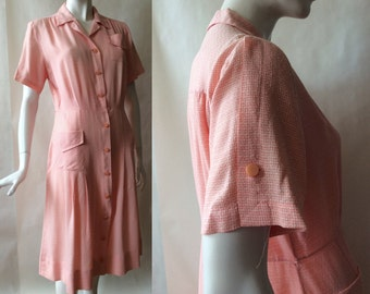 Late 1940's / early 1950's shirt dress, button front, short sleeves, notched collar, shell pink and white textured gingham, large (14 - 16)