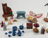 Vintage bunch of miniature doll houe miniature cat pots boks and so on