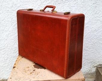 Classic Vintage Samsonite - Large Suitcase - Reddish Brown, Brass Latches, Key, Hardshell