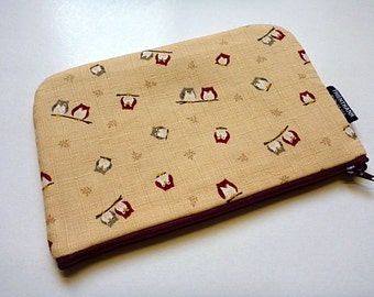 padded zipper pouch - simple cosmetic pouch