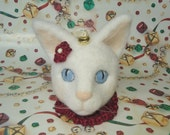 Needle-Felted Cat Bust Ornament, Marshmallow