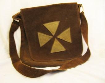 Moonbeam - 1960's handmade suede bag