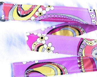 D Ring Belt, fun bold funk floral in bright pink, M/L