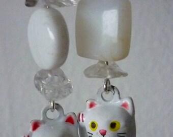 Boucles d'oreilles quartz, jaspe et chat clochette