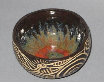 Black and white sgraffito bowl