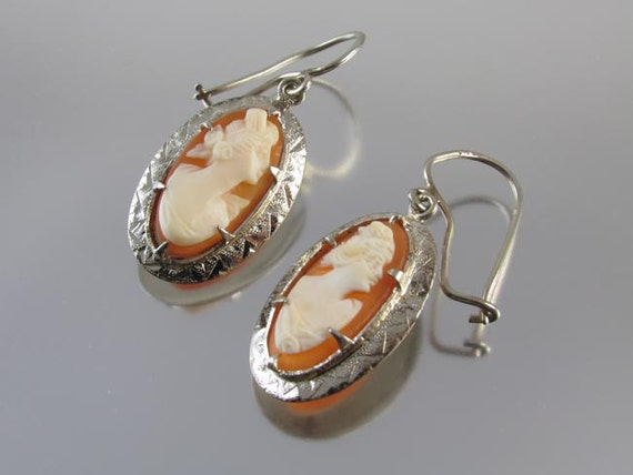 Vintage Art Deco 14k white gold cameo pierced earrings