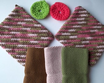Dishcloth Gift Set in Pink Camo, Knit Cotton Dishcloth, Crochet Pot Holders and Nylon Net Scrubbies