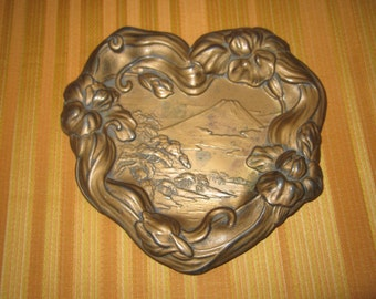 Antique Edwardian Heart Shaped Art Nouveau Chinoserie Metal Scenic Pin Dish Tray
