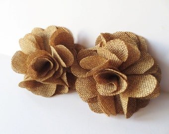 Fabric hair clip. Flower hair clip. Burlap hair clip. Beige hair clip. Brown barrette. Burlap flower.  Burlap hair slide.  Beige hair slide.