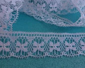 "White Scalloped Lace Trim, Bow Patterned Lace Trim, Flat Lace Trim, 3/4"" (2 cm) Wide Craft Lace Trim, 8 Yards"