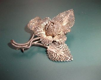Vintage Silver Openwork Filigree Flower Brooch Pin