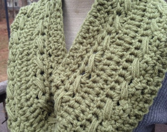 Dusty Green Chunky Cowl