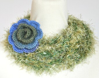 Puffy Rope - Rose - Green - Handknitted Long Narrow Scarf wz Crochet Flower