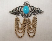 Vintage Hobe' Heraldic Style Chain Brooch