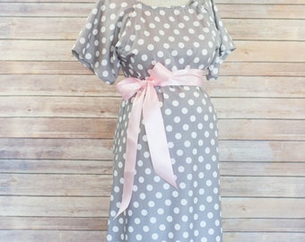 Maternity Hospital Delivery Gown in Gray Dot -Super Soft Fabric -Perfect Snaps for Breastfeeding & Skin to Skin -Snaps down the back
